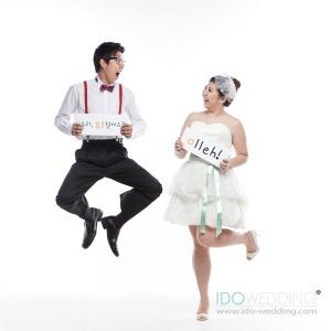 Korean Wedding. Korean Wedding Photo. Korean Wedding Gown, Korean Wedding Hair & Makeup. Korean Concept Wedding Photography. IDOWEDDING