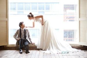 Korean Wedding. Korean Wedding Photo. Korean Wedding Gown, Korean Wedding Hair & Makeup. Korean Concept Wedding Photography. IDOWEDDING (www.ido-wedding.com)