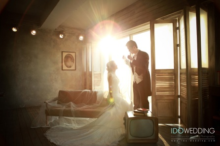 Korea Wedding, Korean Wedding Photo, Korean Wedding Gown, Korean Wedding Hair & Makeup, Korean Concept Wedding Photography, IDOWEDDING