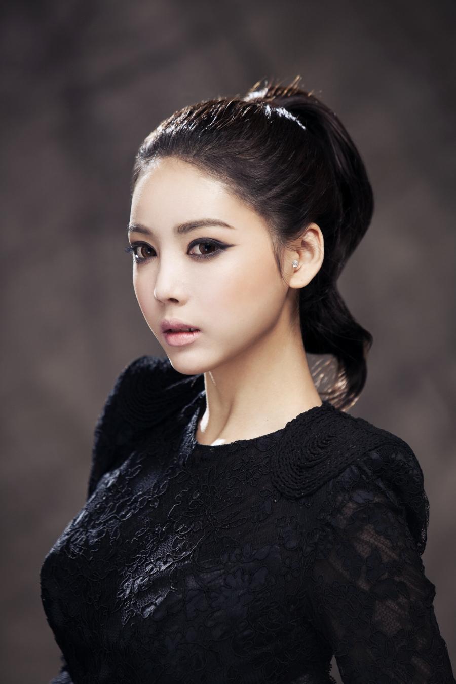 Korean Celebs Street Fashion Trends Review: Korean Wedding Photo - IDO WEDDING