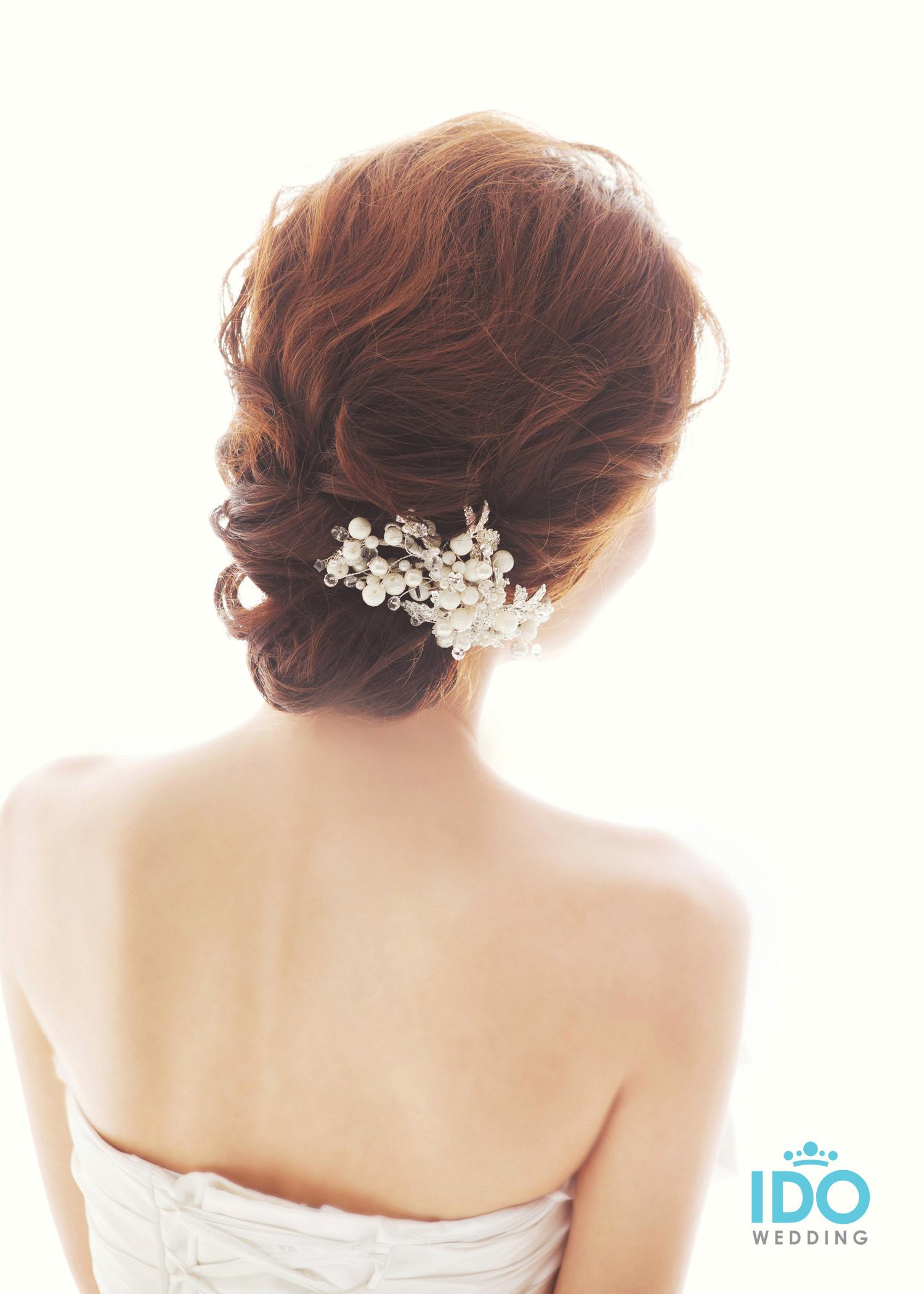 korean wedding hairstyle - low tie | korean wedding photography