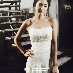 Koreanweddinggown_photo_1448946551